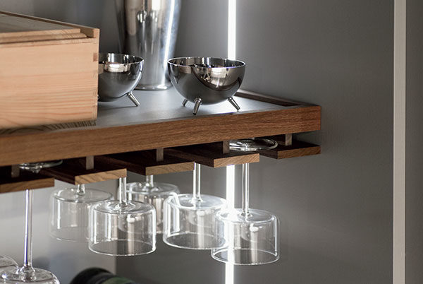 Perfect Glass Shelf W/ Wood Frame And Wine Glass Rack - Snaidero Accessories VG29